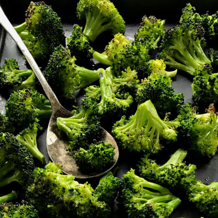 Easy Oven Roasted Broccoli