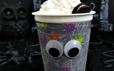 Kid-Friendly Spooky Halloween Dessert Idea #SnackAndGo