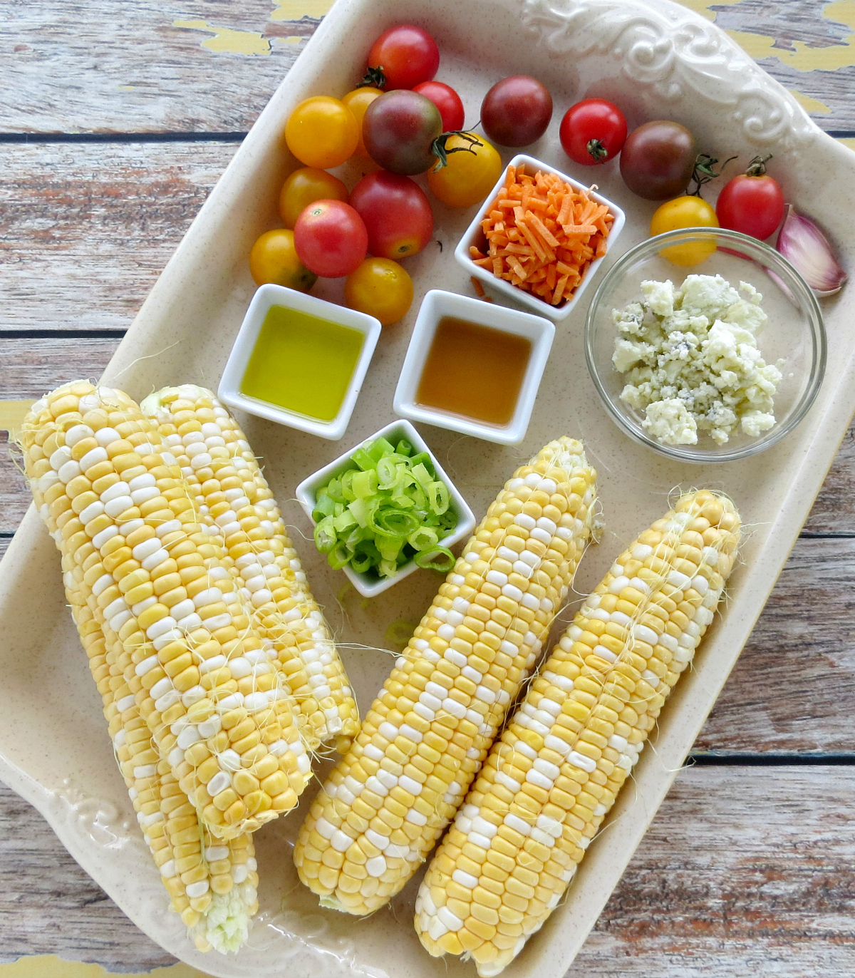 Fresh Corn Salad with Blue Cheese and Tomatoes