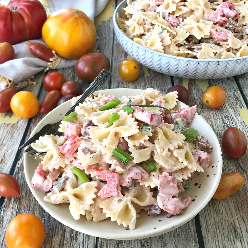 Easy Pasta Salad Recipe with Bacon and Tomatoes